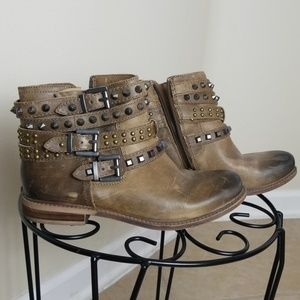 Gianni Bini Real Leather Brown Studded Boots 7.5